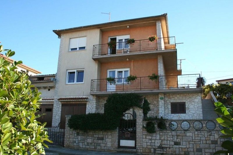Apartments Pula & south Istria - Apartment ID 1008