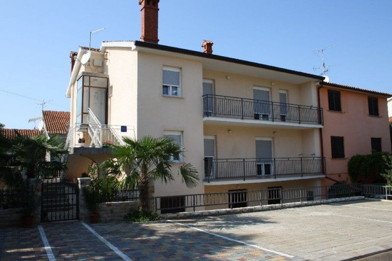 Apartments, Poreč Town, Poreč region - Apartment ID 1026
