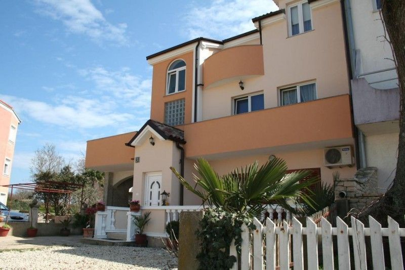Apartments, Medulin, Pula & south Istria - Apartment ID 1071