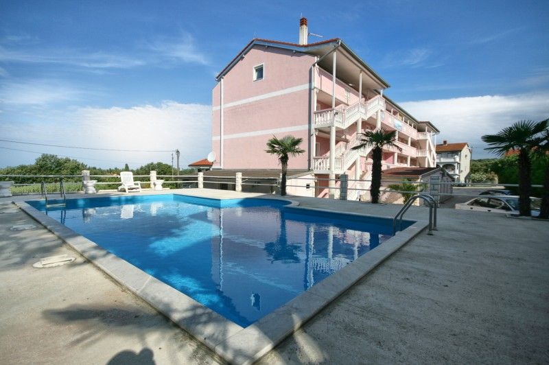Apartments, Medulin, Pula & south Istria - Apartment ID 1088