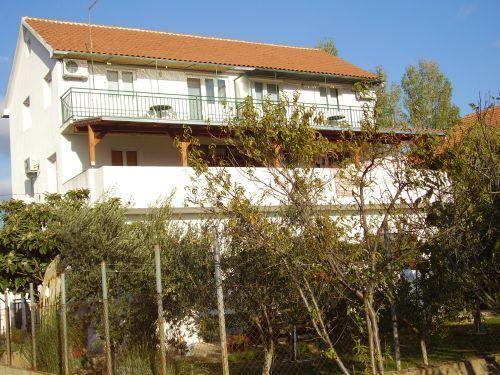 Apartments Island of Murter - Apartment ID 1100