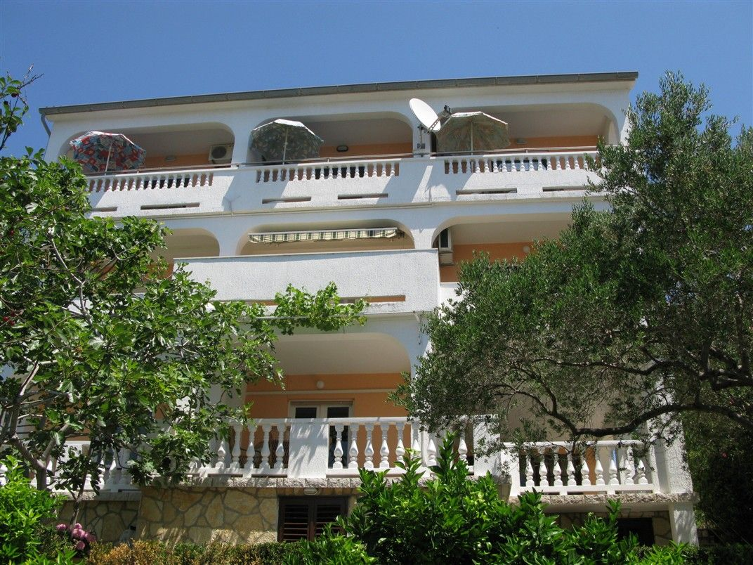 Apartments, Banjol, Island of Rab - Apartment ID 1152