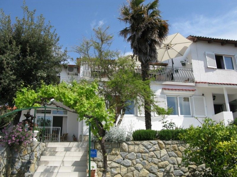 Apartments, Banjol, Island of Rab - Apartment ID 1238