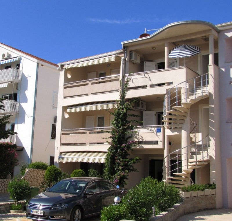Apartments, Novalja, Island of Pag - Apartment ID 1327