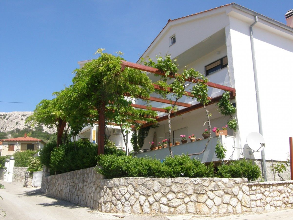 Apartments, Baška, Island of Krk - Apartment ID 1332