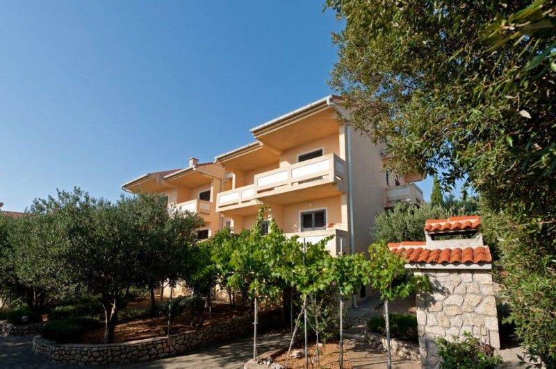 Apartments, Mandre, Island of Pag - Apartment ID 1351