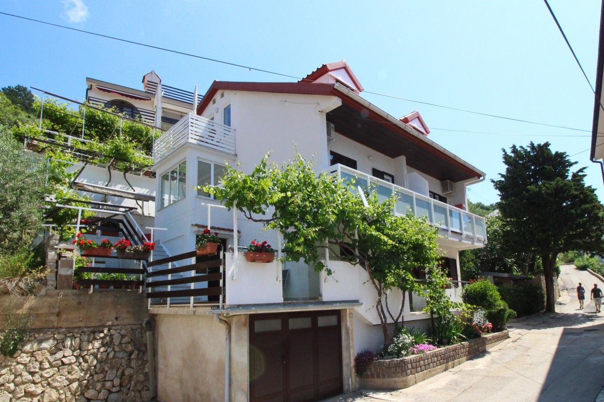 Apartments, Baška, Island of Krk - Apartment ID 1375