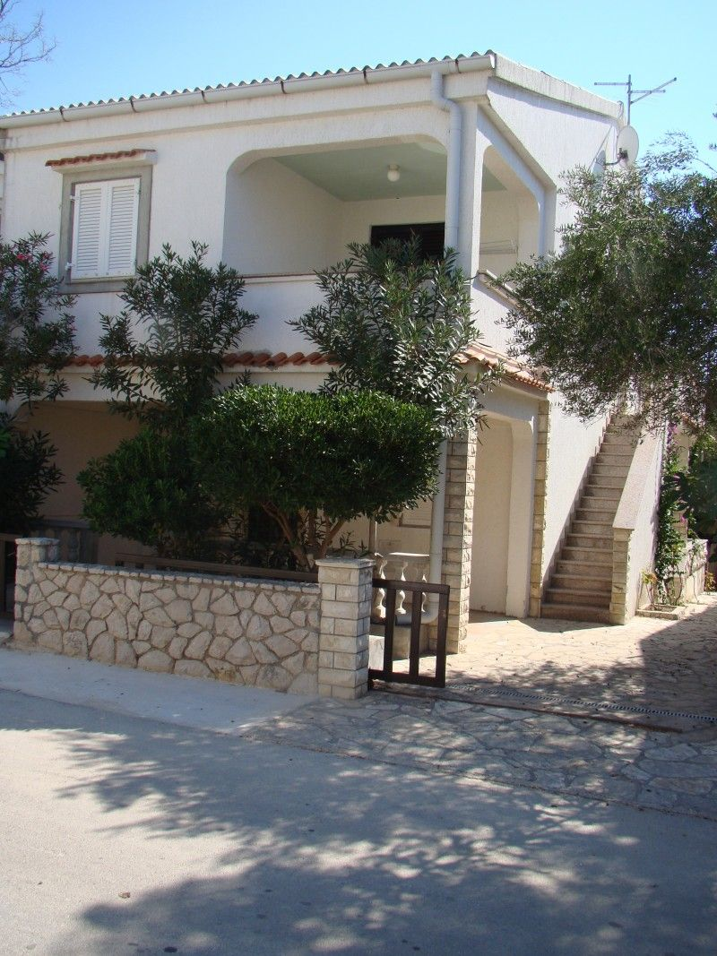 Apartments, Povljana, Island of Pag - Apartment ID 1392