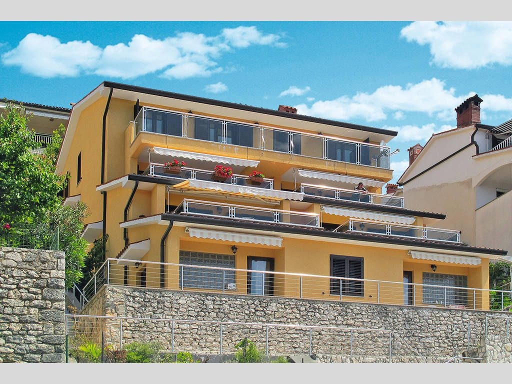 Apartments Rabac & Labin - Family apartments with terrace and sea views