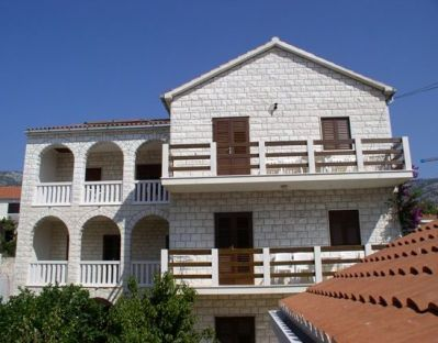 Apartments, Bol, Island of Brač - Apartment ID 1515