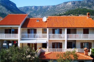 Apartments, Bol, Island of Brač - Apartment ID 1580