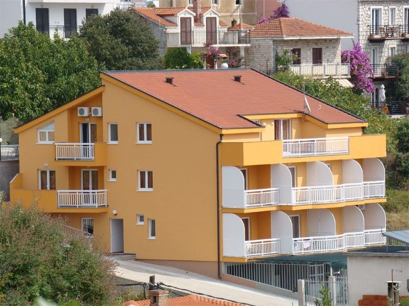 Apartments Makarska Riviera - Apartment ID 1582