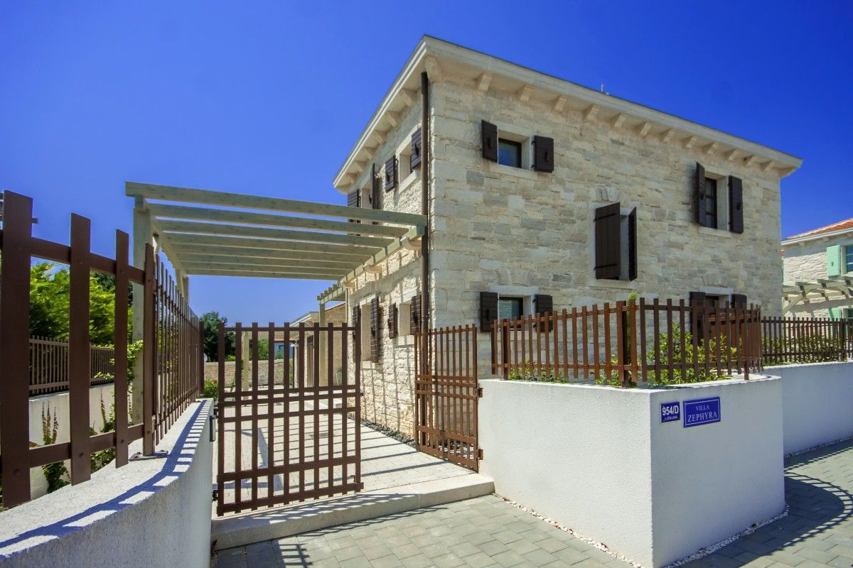 Holiday Homes, Ližnjan, Pula & south Istria - VILLA ZEPHYRA