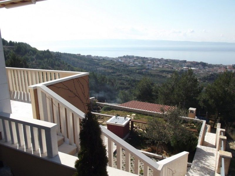 Holiday Homes, Podstrana, Split and surroundings - Holiday Home ID 1745