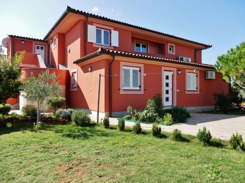 Apartments Pula & south Istria - Garden apartments for family or friends in Medulin