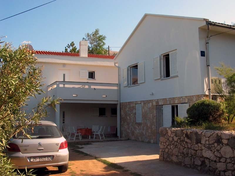 Apartments, Baška, Island of Krk - Family apartment in Baška-Zarok close to the beach