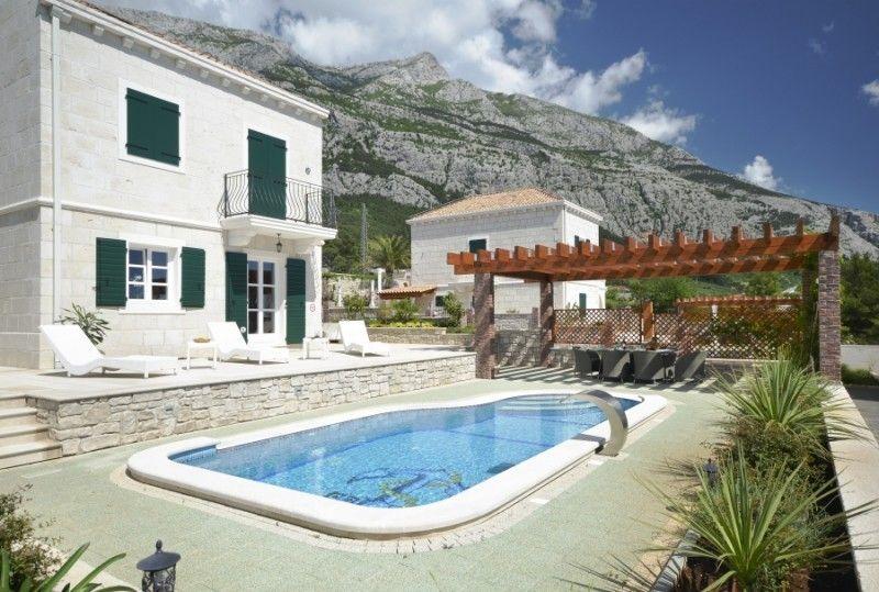Kuće za odmor Makarska Riviera - Villa-Kuća za odmor za 6 osoba, sa bazenom, sa pogledom na more i Makarsku