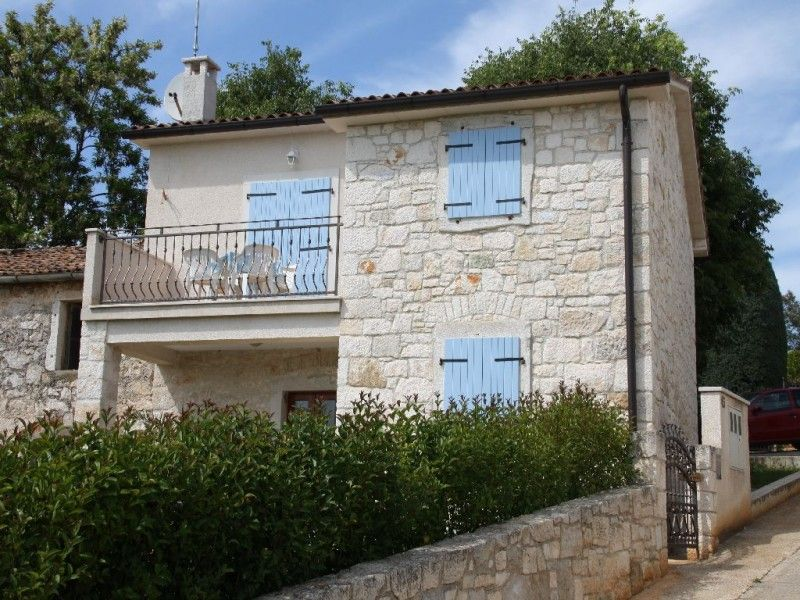 Holiday Homes Poreč region - Holiday Home ID 2032