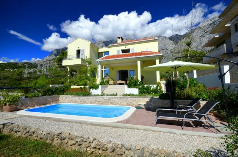 Holiday Homes, Makarska, Makarska Riviera - Holiday Home ID 2054
