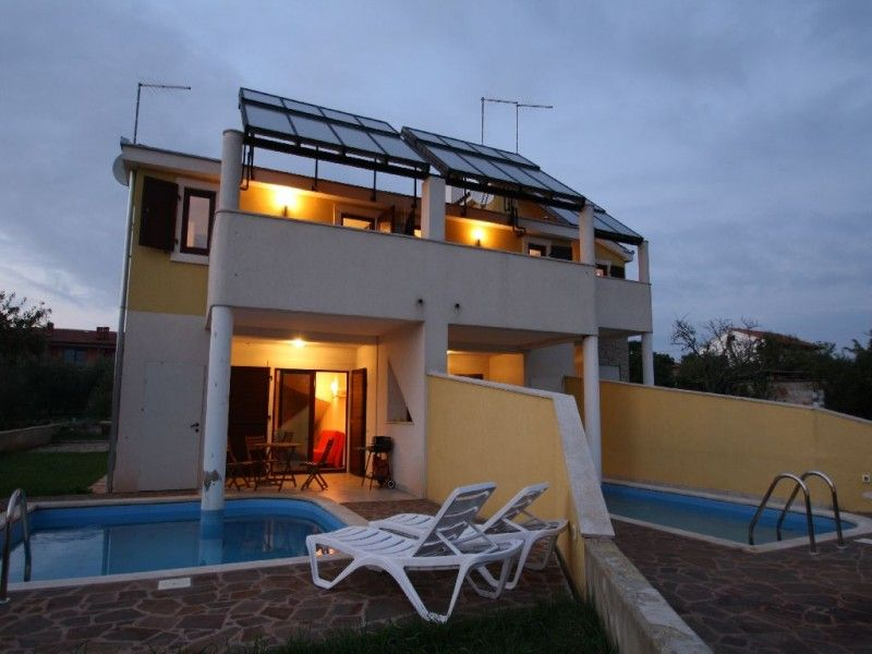 Holiday Homes Novigrad - Holiday Home ID 2080