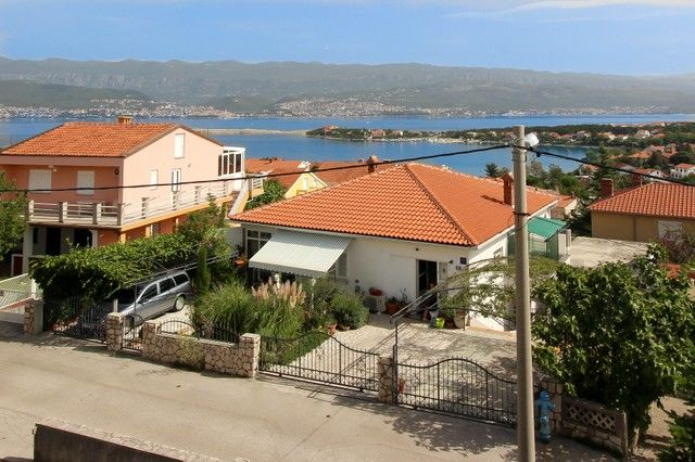 Apartments, Šilo, Island of Krk - Apartment ID 2127
