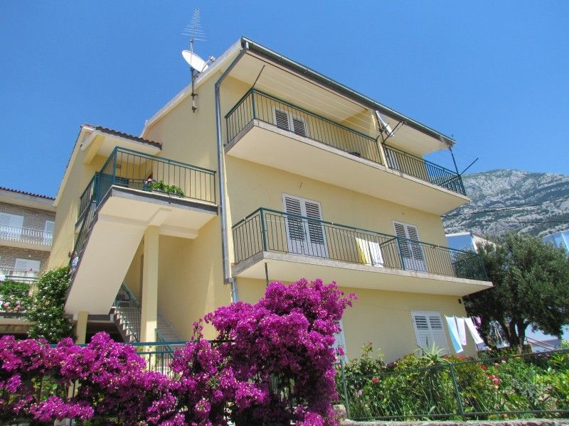 Apartments, Makarska, Makarska Riviera - Apartment ID 2144