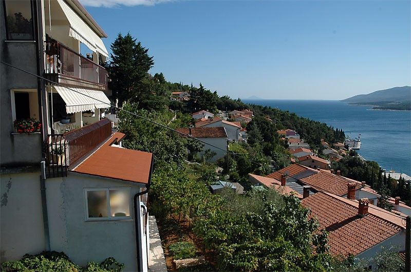 Family apartments Rabac with terrace and sea view