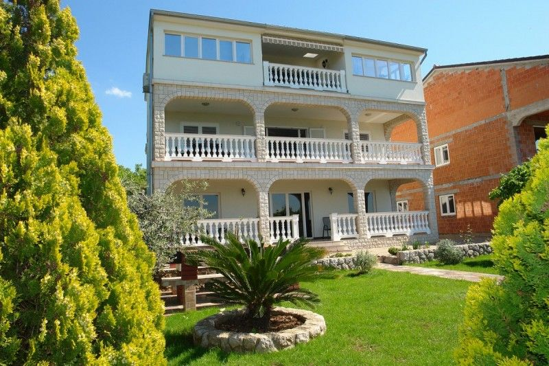 Apartments Crikvenica and surroundings - Apartment ID 2240