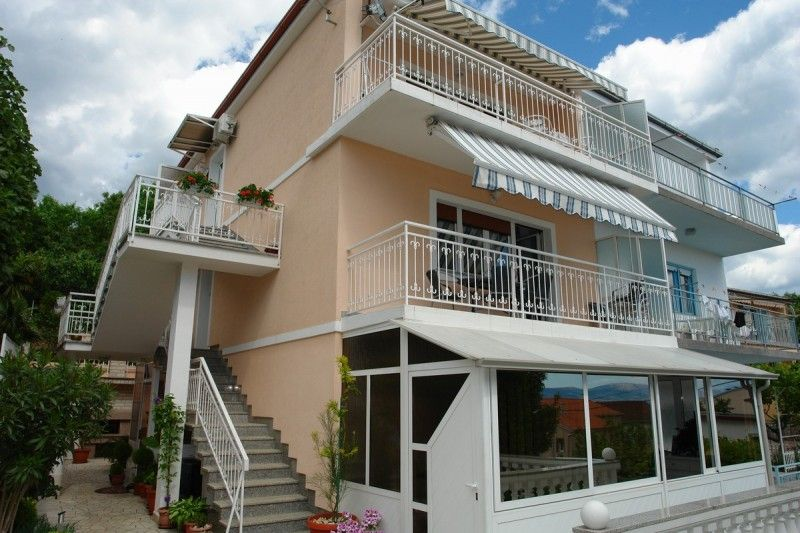 Apartments Crikvenica and surroundings - Apartment ID 2253