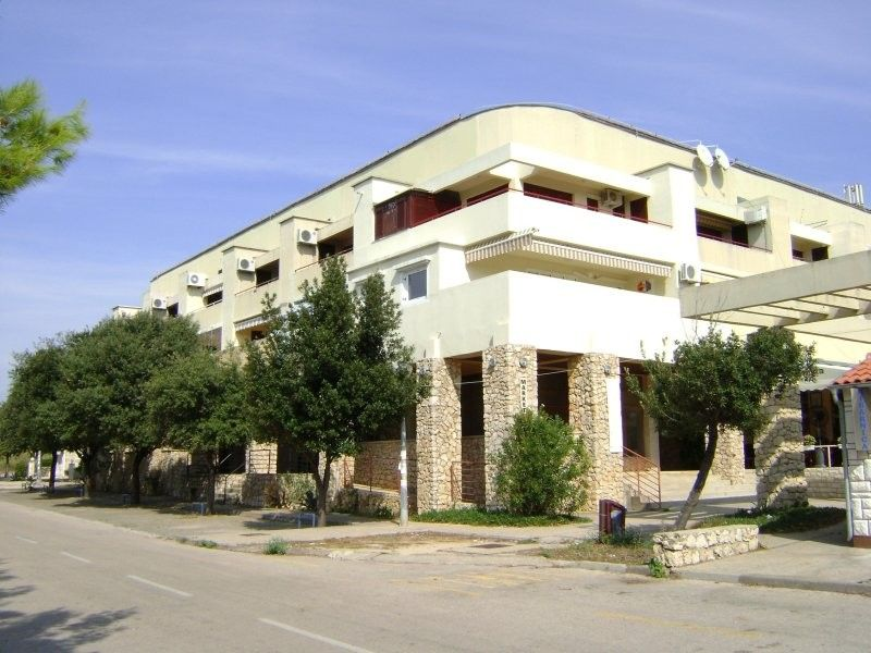 Apartments, Novalja, Island of Pag - Apartment ID 2278