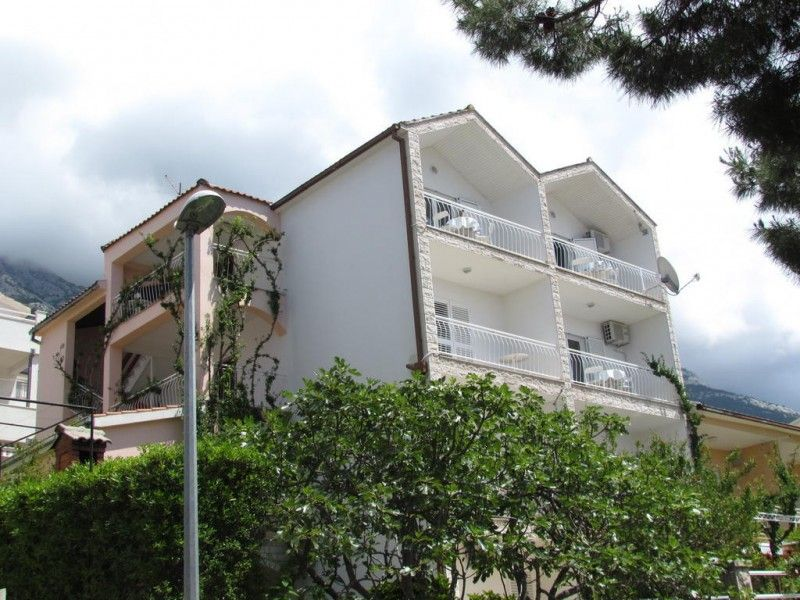 Apartments Makarska Riviera - Apartment ID 2289