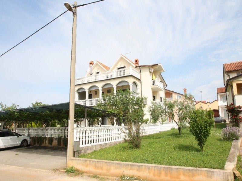 Apartments Novigrad - Apartment ID 2325