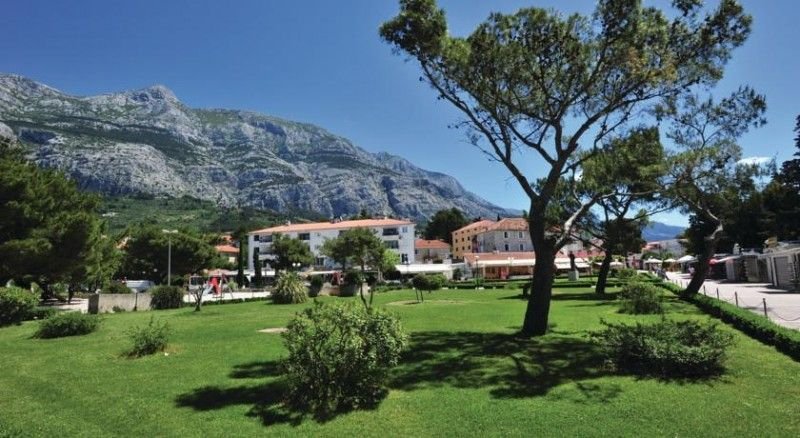 Apartments, Makarska, Makarska Riviera - Apartment ID 2357