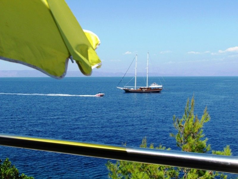 Holiday Home directly above the sea, Jelsa on island Hvar