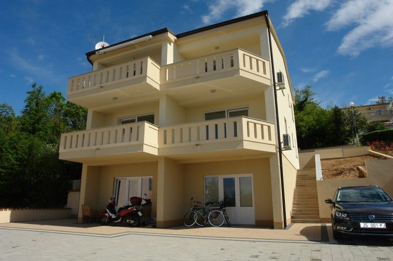 Apartments, Dramalj, Crikvenica and surroundings - Apartment ID 2378