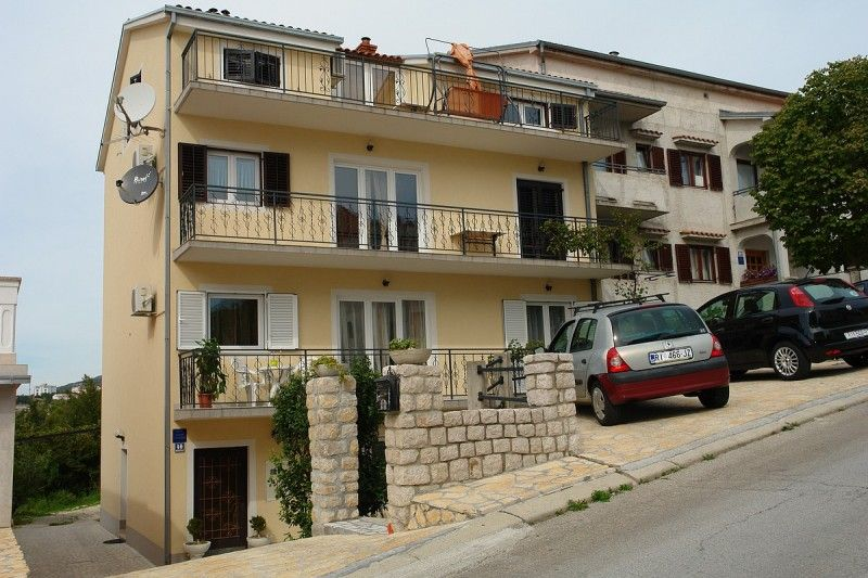 Apartments Crikvenica and surroundings - Apartment ID 2434