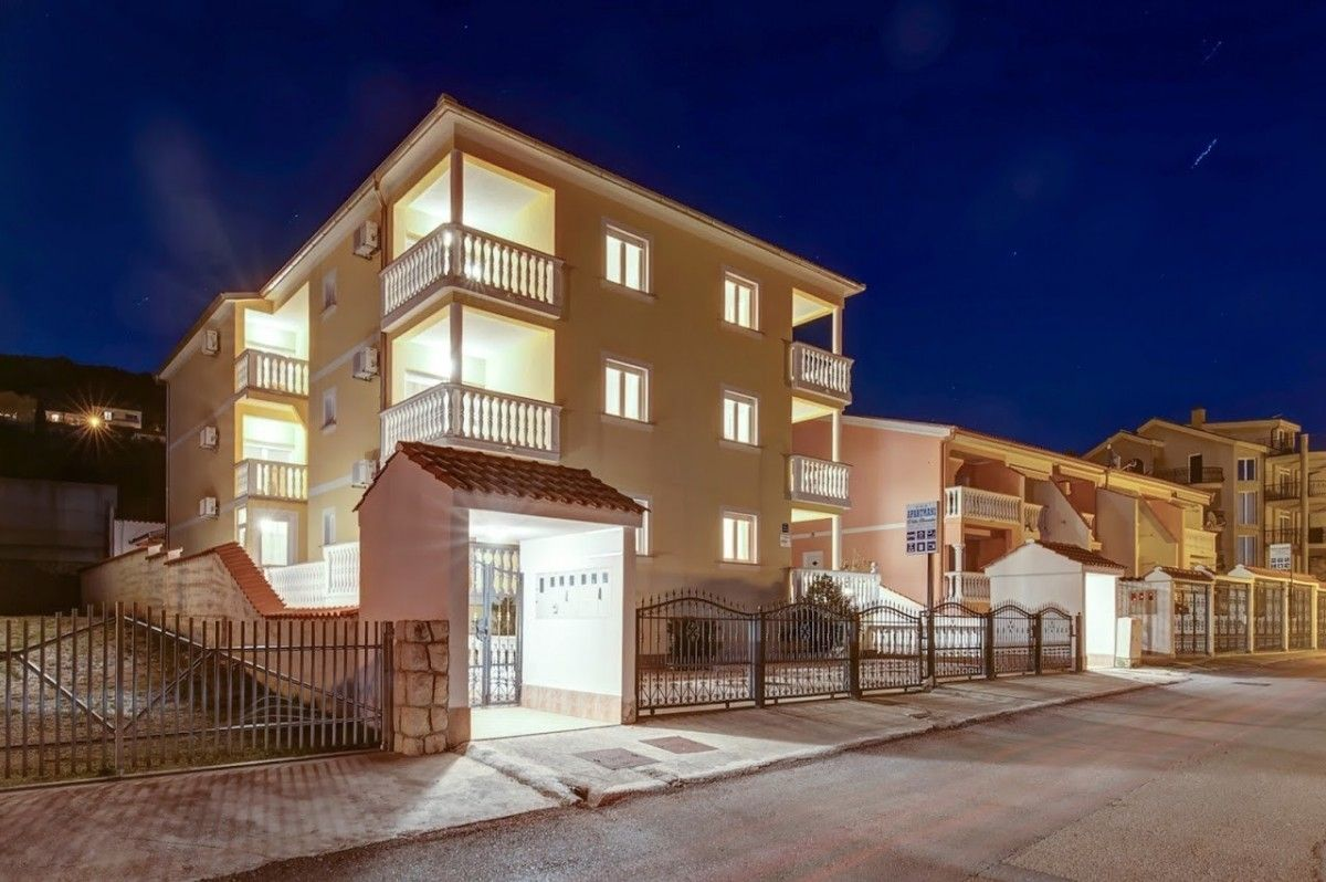 Apartments Crikvenica and surroundings - Apartment ID 2470