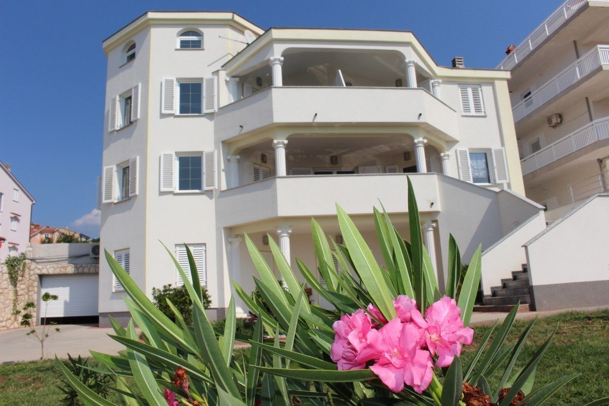 Apartments Crikvenica and surroundings - Apartment ID 2471