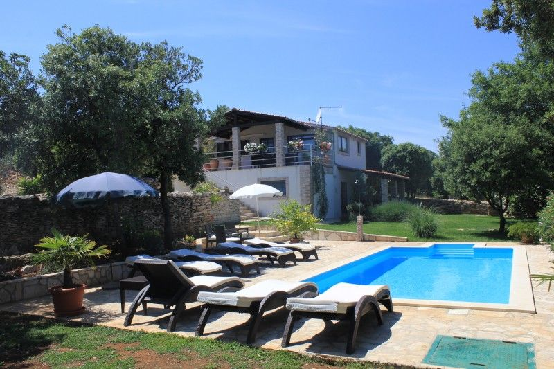 Villas, , Pula & south Istria - Villa ID 2480
