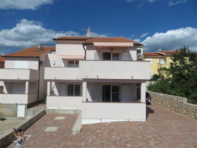 Apartments, Čižići-Klimno-Soline (Šilo), Island of Krk - Apartment ID 2533