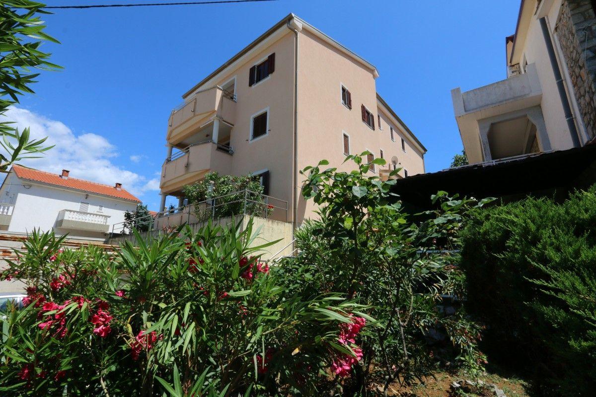 Apartments, Šilo, Island of Krk - Apartment ID 2565