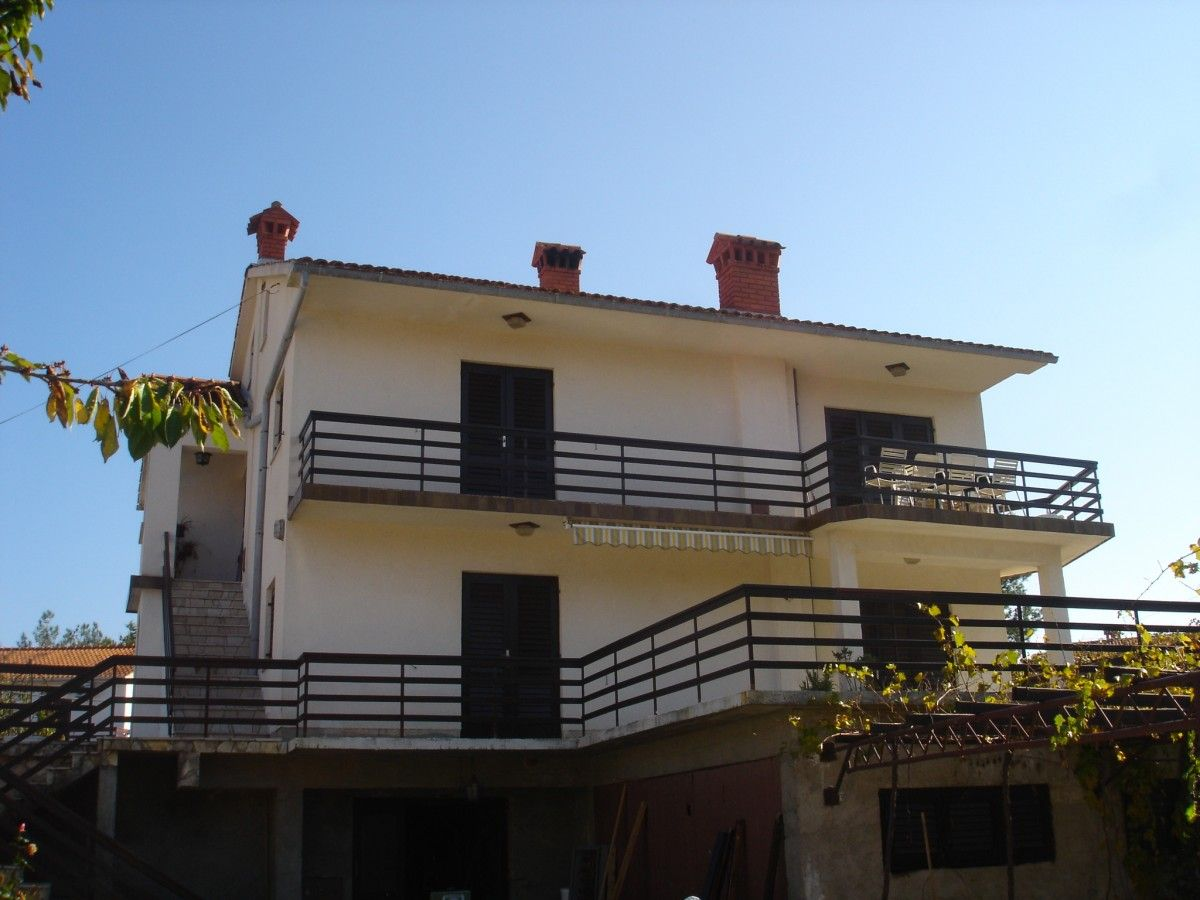 Apartments, Šilo, Island of Krk - Apartment ID 2571