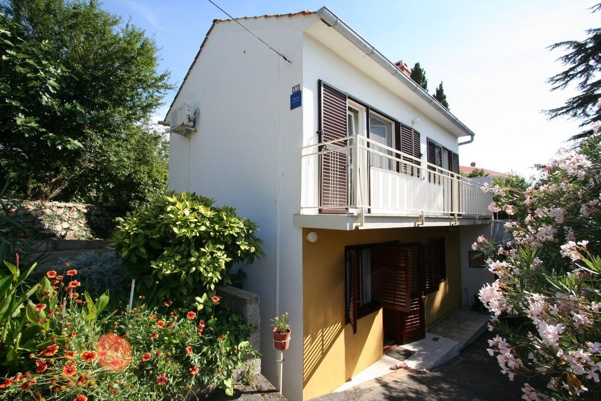 Apartments, Šilo, Island of Krk - Apartment ID 2583