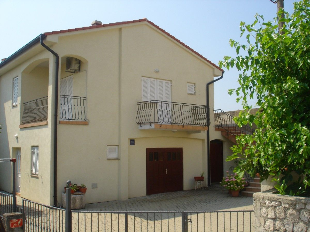 Apartments, Šilo, Island of Krk - Apartment ID 2587