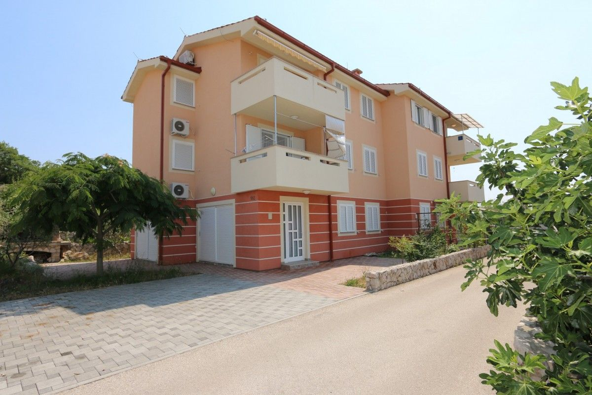 Apartments, Čižići-Klimno-Soline (Šilo), Island of Krk - Apartment ID 2591