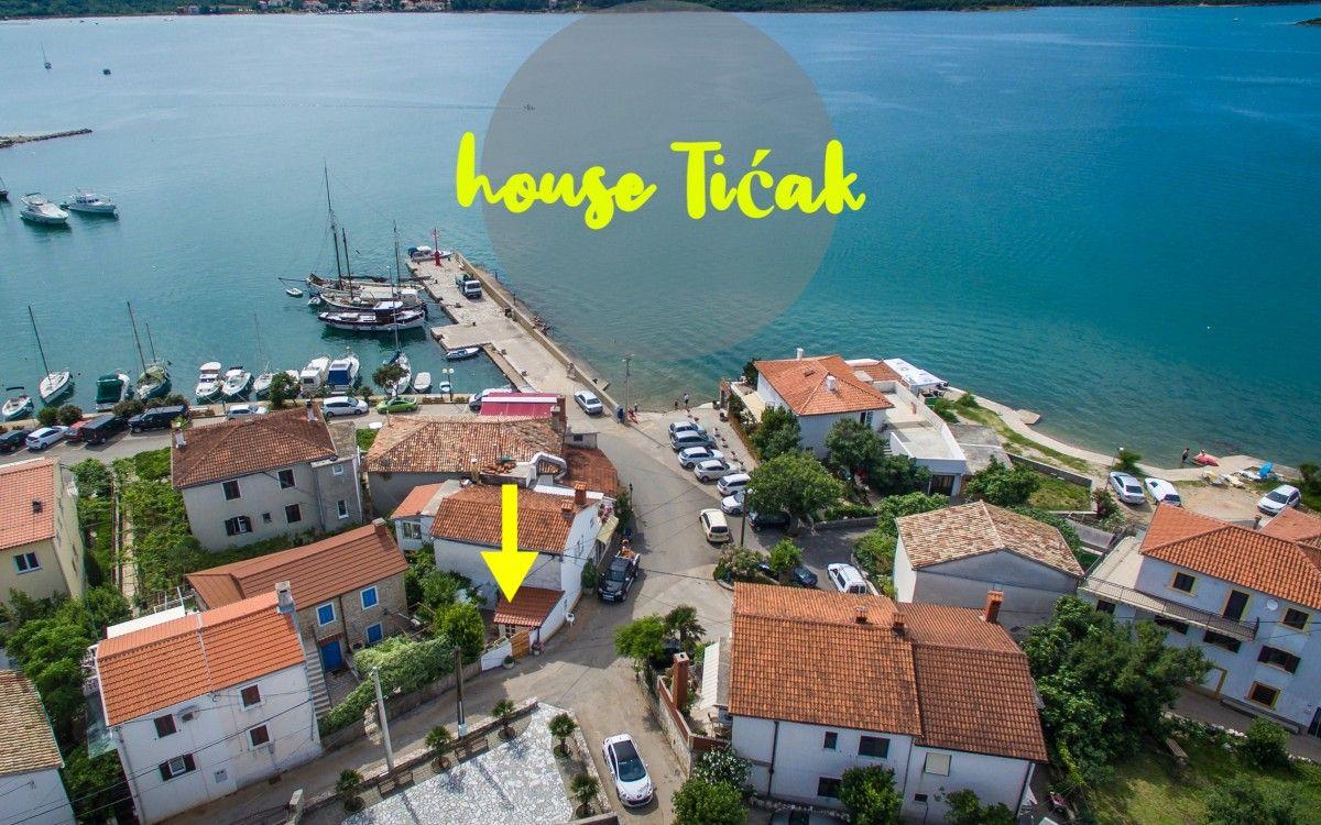 Apartments, Šilo, Island of Krk - Apartment ID 2593