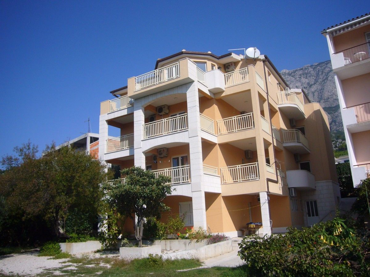 Apartments Makarska Riviera - Apartment ID 2606