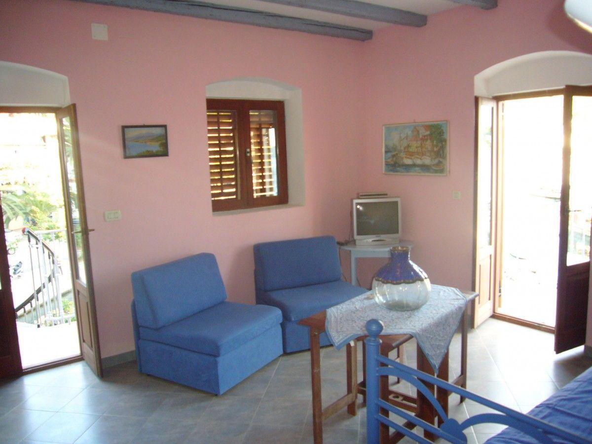 Appartamento id 2608 podgora makarska riviera dalmazia for Piani di ranch camera da letto split