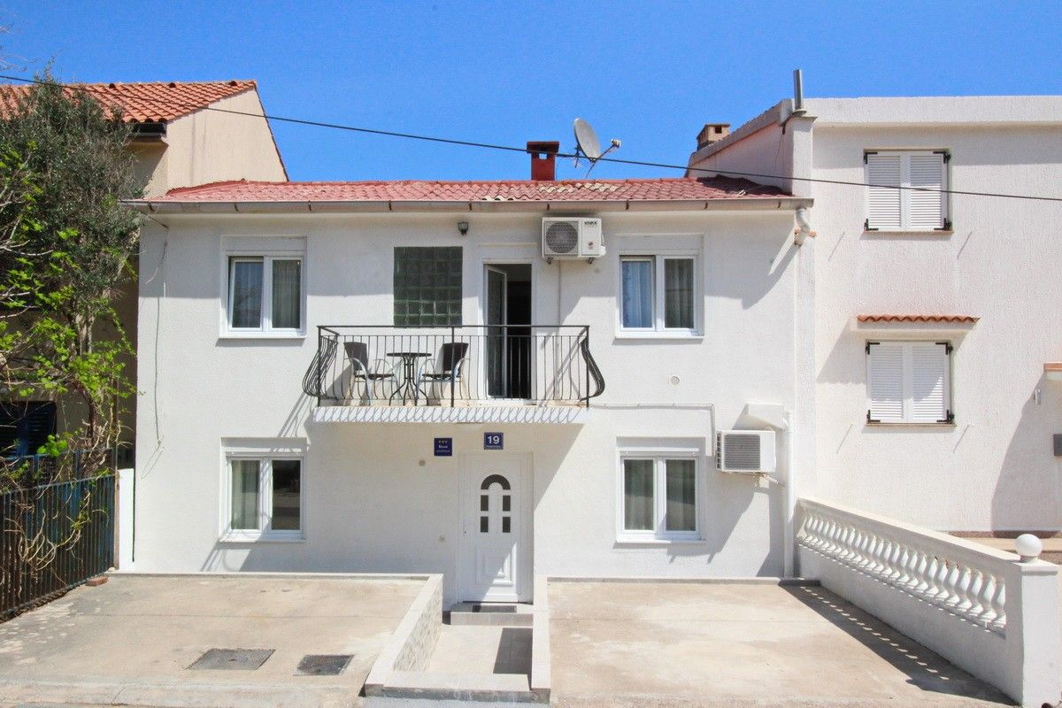 Apartments, Baška, Island of Krk - Apartment ID 2619