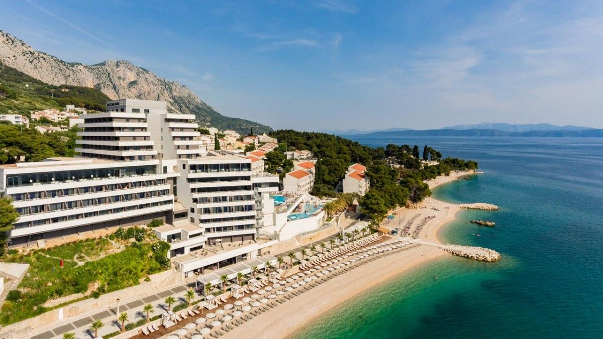 Hotels Makarska Riviera - MEDORA AURI FAMILY BEACH RESORT